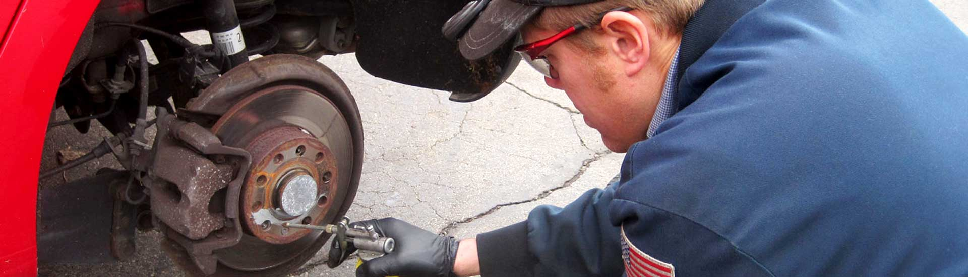Auto Repair Shop In Milwaukee Wi Ase Certified Mechanic